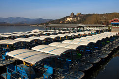 Barche ordinate nel palazzo di estate Immagini Stock Libere da Diritti