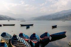 Barche per noleggio nel Nepal Immagini Stock Libere da Diritti