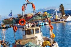 Barche in piccolo porto vicino al monastero di Vlacherna, Kanoni, Corfù, G Immagini Stock Libere da Diritti