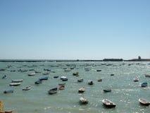 Barche in porta Fotografie Stock