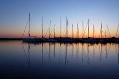 Barche in porticciolo fotografie stock