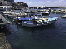 Barche in porto di Capri Immagine Stock Libera da Diritti
