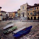 Barche su Lago Maggiore Arona Italia Fotografia Stock