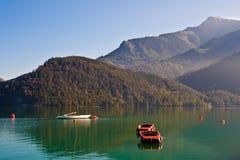 Barche su Wolfgangsee fotografie stock libere da diritti