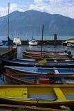barche sul lago Garda in Italia Fotografia Stock