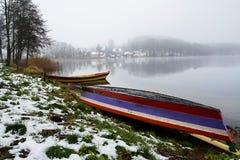 Barche sul puntello Immagini Stock
