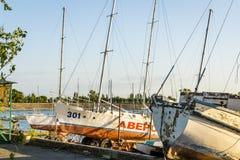 Barche sul tramonto del fiume Immagine Stock Libera da Diritti