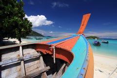 Barche sulla spiaggia Fotografia Stock