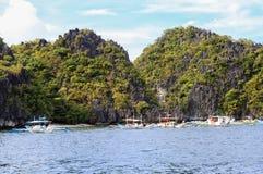 Barche sulla spiaggia del EL Nido, Filippine Fotografia Stock