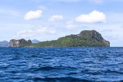 Barche sulla spiaggia del EL Nido, Filippine Immagine Stock