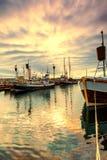 Barche tradizionali del pescatore che si trovano nel porto di Husavik Fotografie Stock Libere da Diritti
