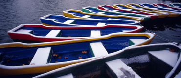 Barche variopinte della sosta Immagine Stock