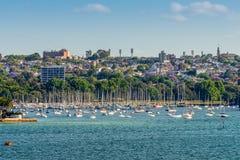 Barche a vela alla doppia baia, Nuovo Galles del Sud, Sydney Fotografia Stock Libera da Diritti