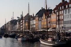Barche a vela messe in bacino a Copenhaghen Danimarca Fotografia Stock Libera da Diritti