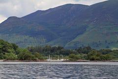 Barche a vela su Derwentwater Fotografia Stock Libera da Diritti