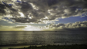 Barche a vela su Maui, Hawai al tramonto Fotografia Stock Libera da Diritti