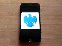 Barclays bankowość mobilny app fotografia royalty free