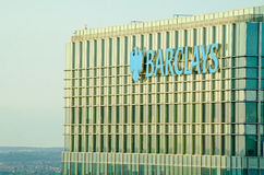 Barclays ragen, Canary Wharf hoch Stockfotos