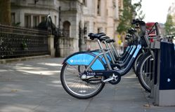 Barclays va in bicicletta Fotografie Stock Libere da Diritti