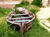 Barco abandonado Imagens de Stock