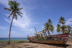 Barco abandonado Fotografía de archivo libre de regalías