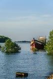 Barco abandonado Imágenes de archivo libres de regalías