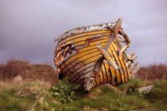 Barco abandonado fotografia de stock