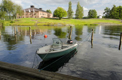 Barco atado al muelle Fotografía de archivo