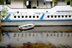 Barco atracado Imagen de archivo libre de regalías