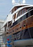 Barco azul no estaleiro! Fotografia de Stock Royalty Free