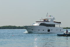 Barco branco fotos de stock