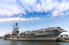 Barco da Armada USS intrépido em New York Imagem de Stock