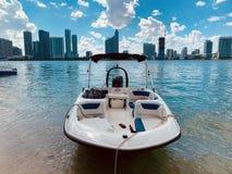 Barco da baía de Miami foto de stock
