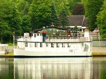 Barco da excursão Fotografia de Stock Royalty Free