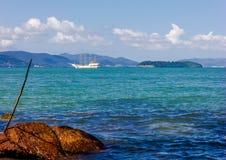 Barco da ilha da natureza fotografia de stock