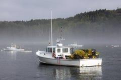 Barco da lagosta na manhã Imagens de Stock Royalty Free