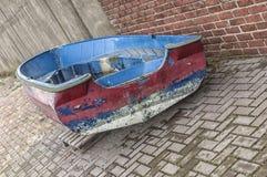 Barco de aço colorido oxidado velho Fotografia de Stock Royalty Free
