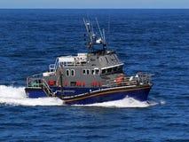Barco de alta velocidad en el mar imagen de archivo libre de regalías