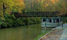 Barco de canal Imagens de Stock