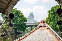 Barco de canal en Klong Saen Saep imágenes de archivo libres de regalías