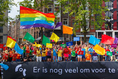 Barco de COC Nederland en el desfile 2014 del canal de Amsterdam Imágenes de archivo libres de regalías