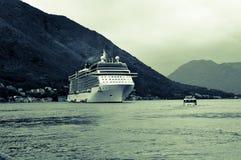 Barco de cruceros Imagenes de archivo