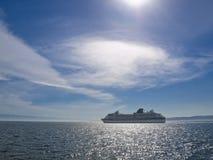 Barco de cruceros Fotos de archivo libres de regalías