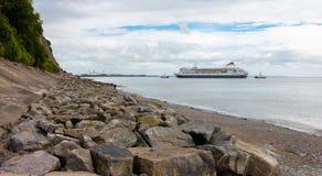 Barco de cruceros Cardiff, Reino Unido - 10 de agosto de 2016: Foto de archivo