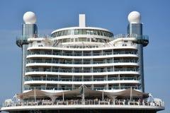 Barco de cruceros de AIDAprima atracado en Hamburgo, Alemania imagen de archivo libre de regalías