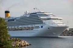 Barco de cruceros de Costa Favolosa Fotografía de archivo libre de regalías