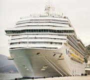 Barco de cruceros de Fortuna de la costa Fotografía de archivo libre de regalías