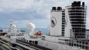 Barco de cruceros de Holland America Westerdam en turco magnífico fotos de archivo