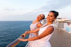 Barco de cruceros de las mujeres Fotografía de archivo