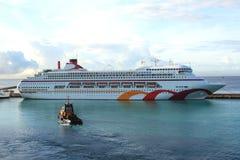 Barco de cruceros del Caribe Imágenes de archivo libres de regalías